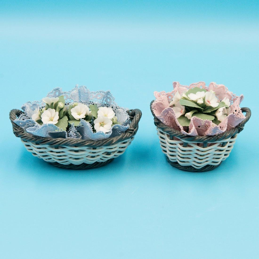 LLADRO 2 SMALL PORCELAIN FLOWER BASKETS - 2