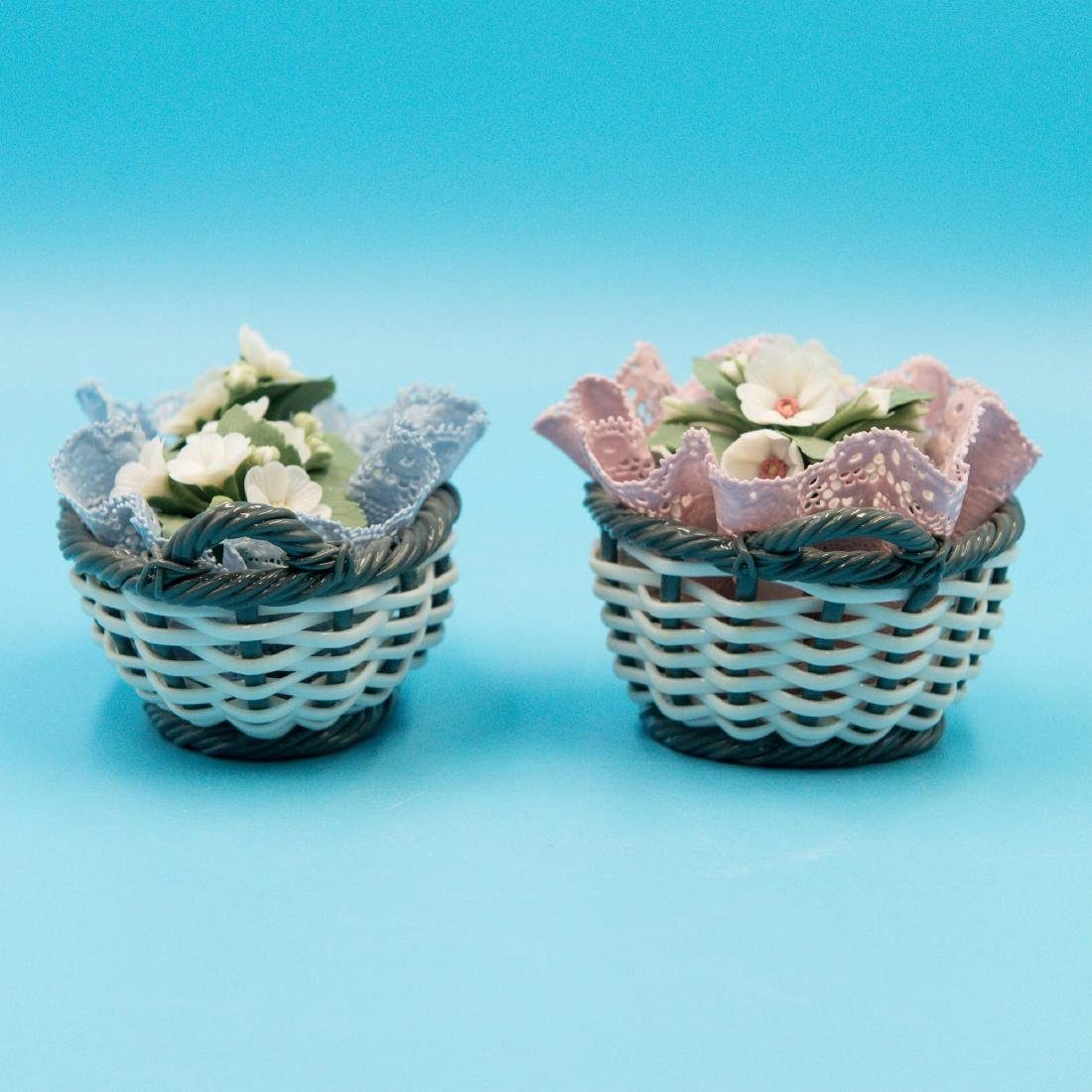 LLADRO 2 SMALL PORCELAIN FLOWER BASKETS - 3