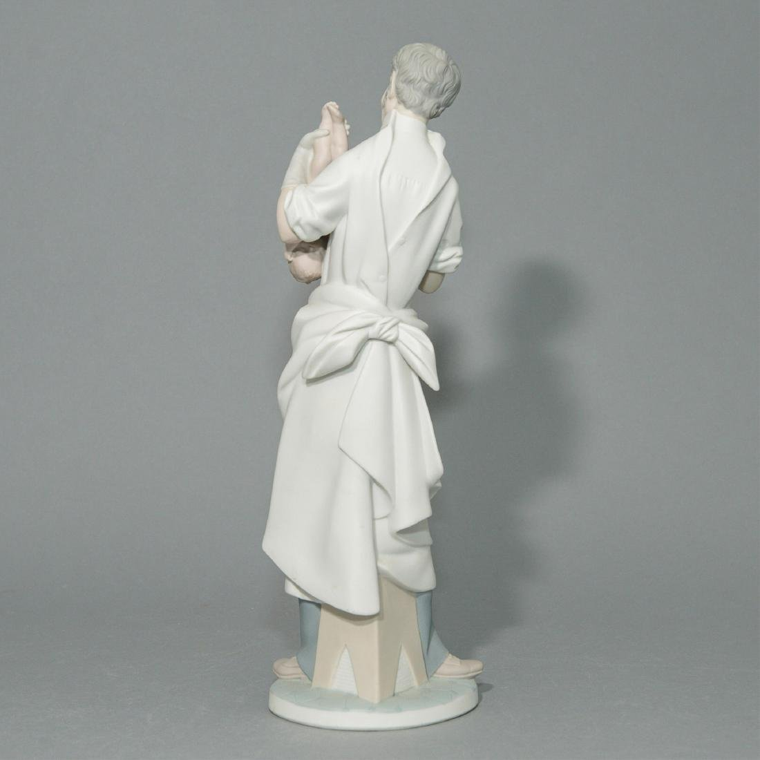LLADRO OBSTETRICIAN PORCELAIN FIGURINE - 3