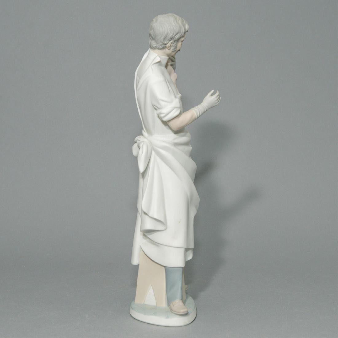 LLADRO OBSTETRICIAN PORCELAIN FIGURINE - 4
