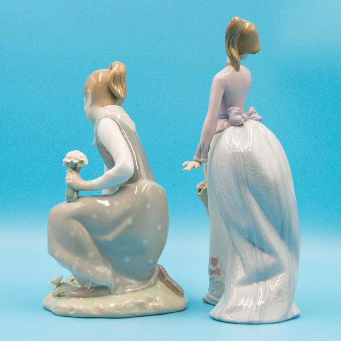 LLADRO 2PCS GIRL WITH FLOWERS AND BASKET OF LOVE - 2