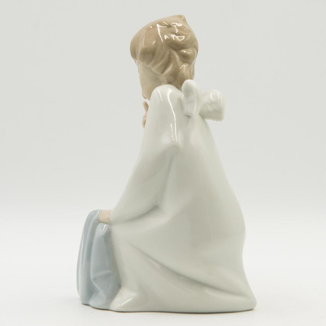 LLADRO ANGEL WITH BABY 4635 FIGURINE - 2