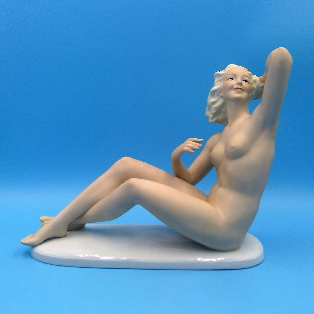 LARGE WALLENDORF ART DECO NUDE GERMAN FIGURINE
