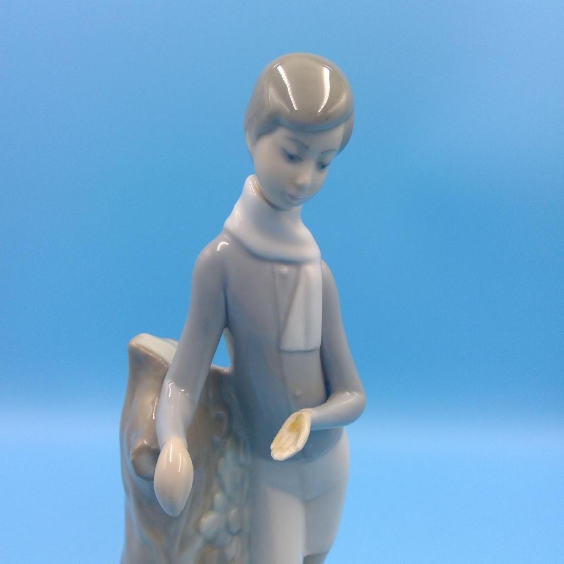 LLADRO PORCELAIN FIGURINE BOY WITH LAMBS - 6