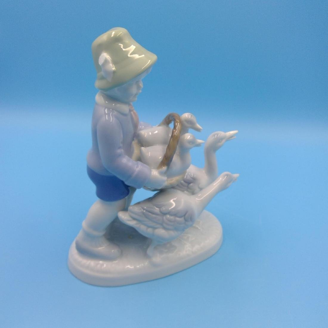 GROUP OF 6 GERMAN PORCELAIN FIGURINES - 5