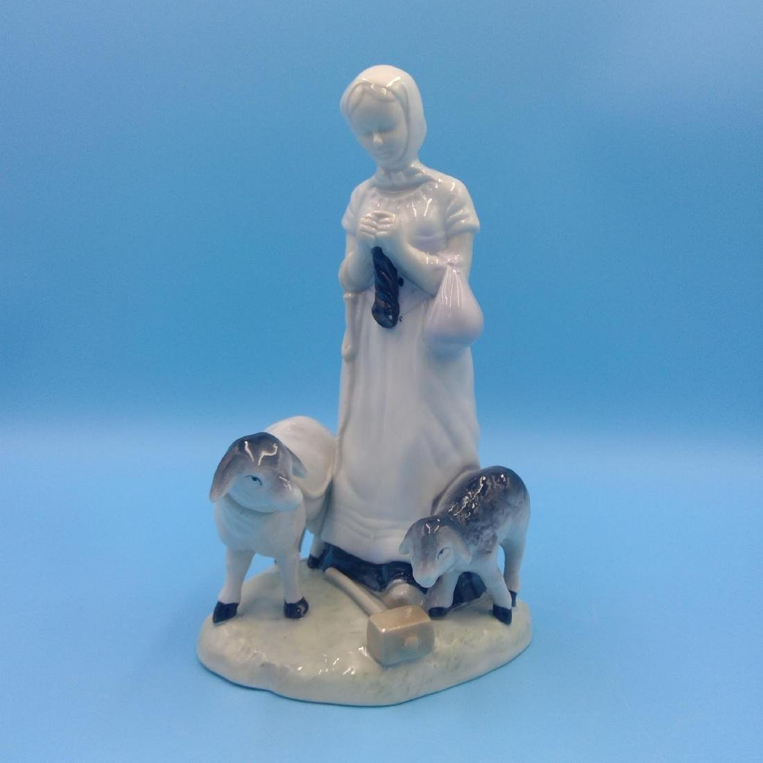GROUP OF 6 GERMAN PORCELAIN FIGURINES - 7