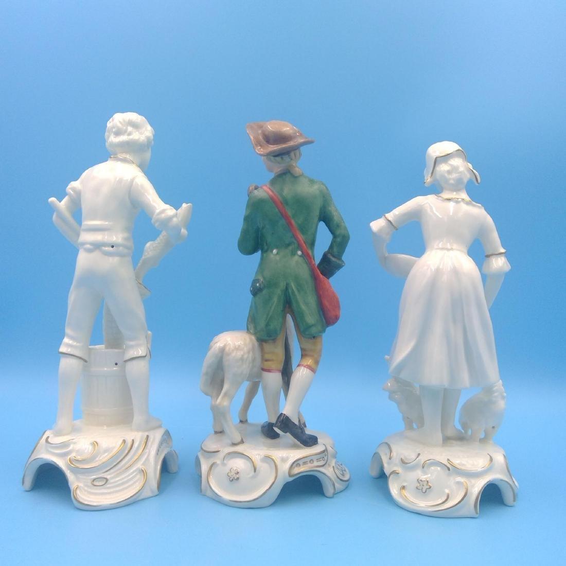 GROUP OF 3 GOEBEL GERMAN PORCELAIN FIGURINES - 3