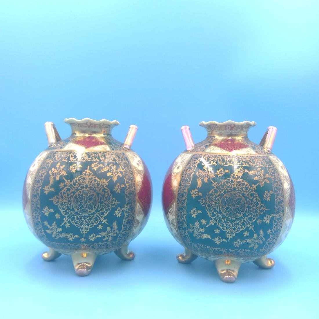 PAIR OF ROYAL VIENNA KAUFMANN SCENERY VASES - 3