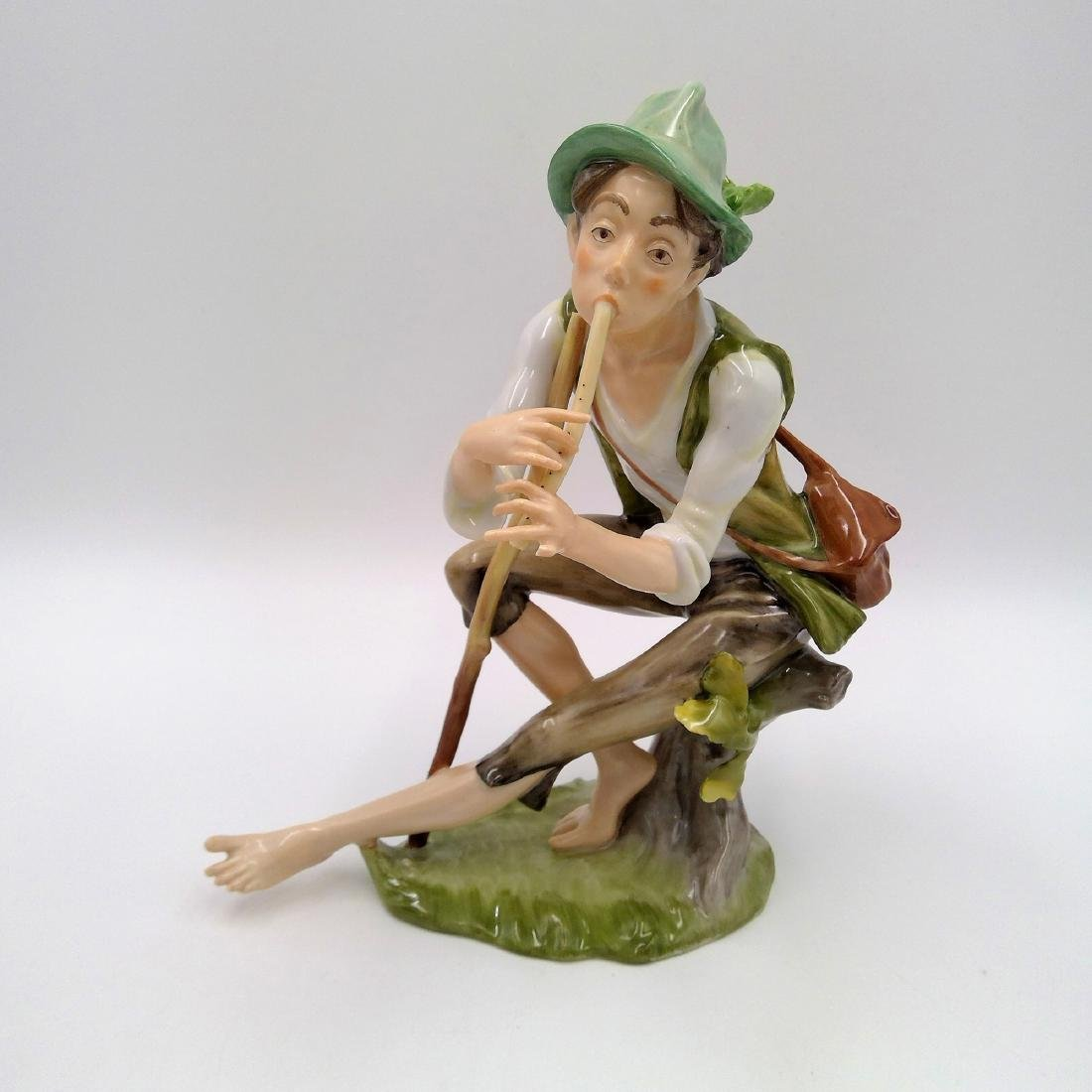 GROUP OF 3 KAISER GERMAN PORCELAIN FIGURINES - 8