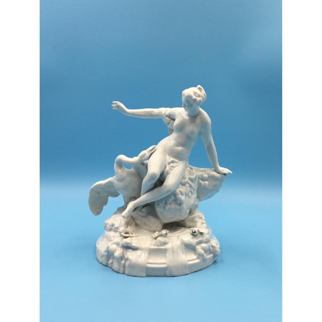 FRENCH PORCELAIN GROUP FIGURINE LEDA AND THE SWAN
