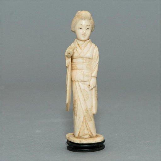 Carved Bone Geisha Figurine Jul 31 2018 Whitley S Auctioneers In Fl
