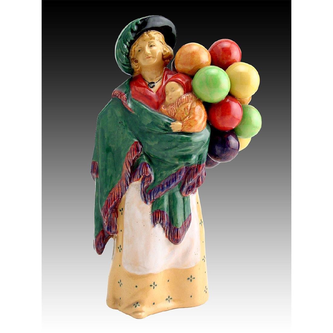 Royal Doulton Figurine Balloon Seller HN 583