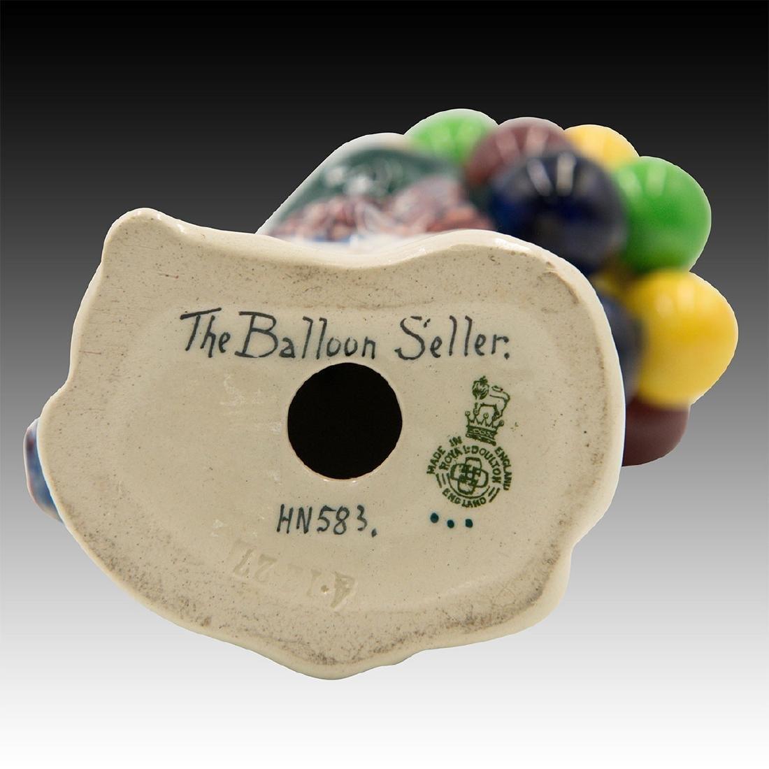 Royal Doulton Figurine Balloon Seller HN 583 - 3