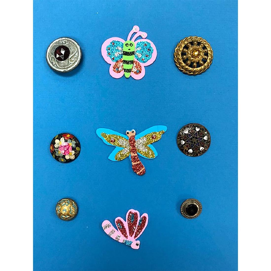 6 CARDS OF HORN/VI/WOOD BUTTONS S/M/L - 9