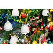 LLADRO 5pc GROUP OF BELLS ORNAMENTS