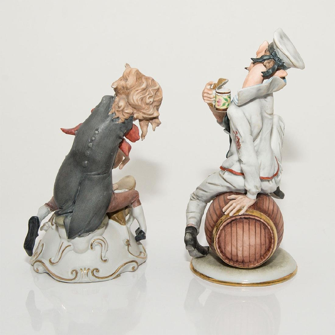 GROUP OF 2 CARICATURE PORCELAIN FIGURINES - 3