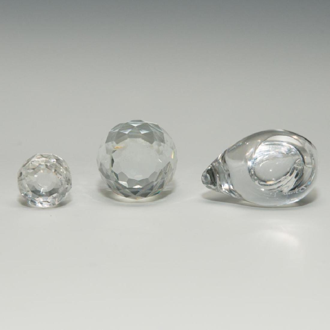 GROUP OF 3 DAUM SWAROWSKI CYRSTAL GLASS PAPERWEIGHT - 3
