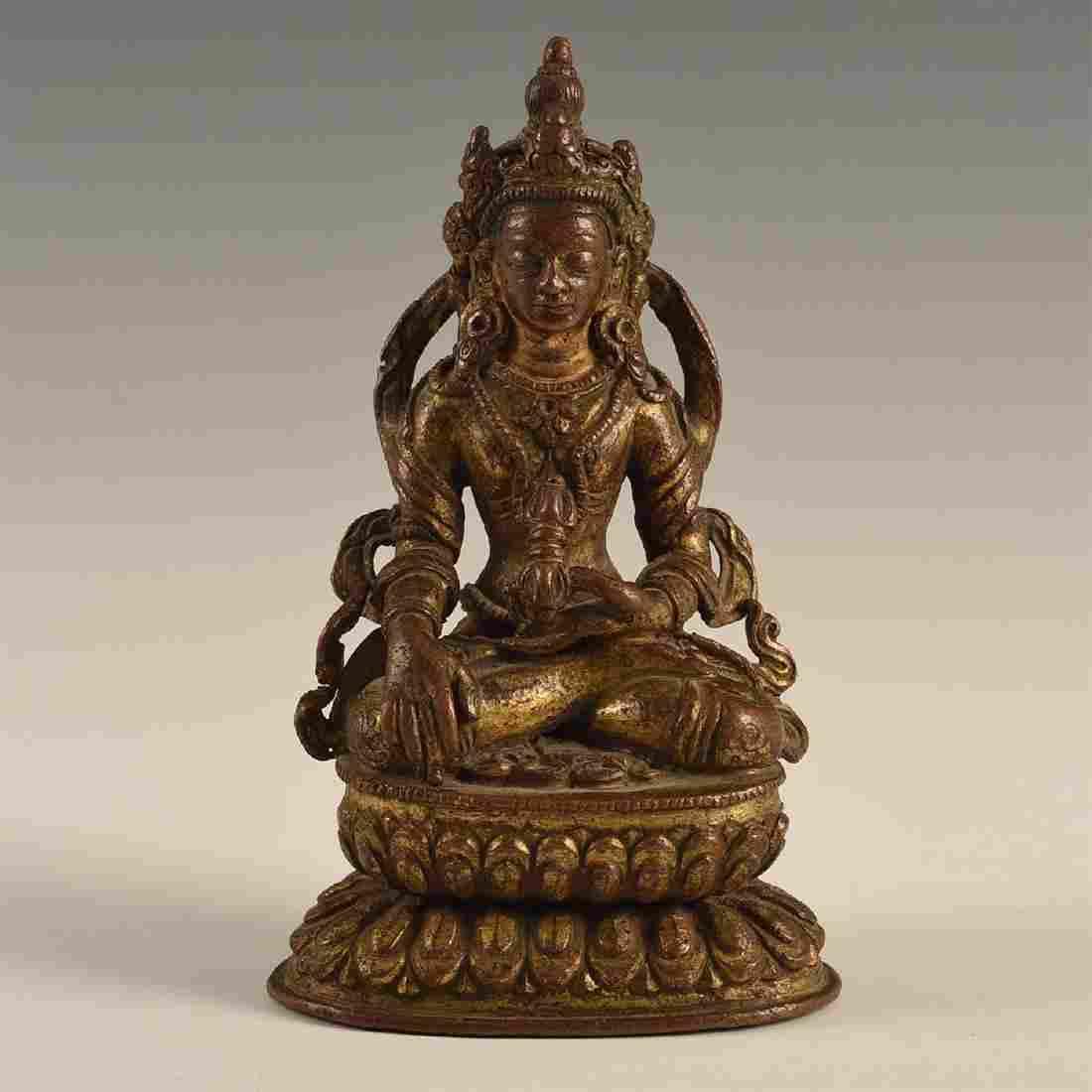 CHINO-TIBETAN GILDED BRONZE CROWNED BUDDHA