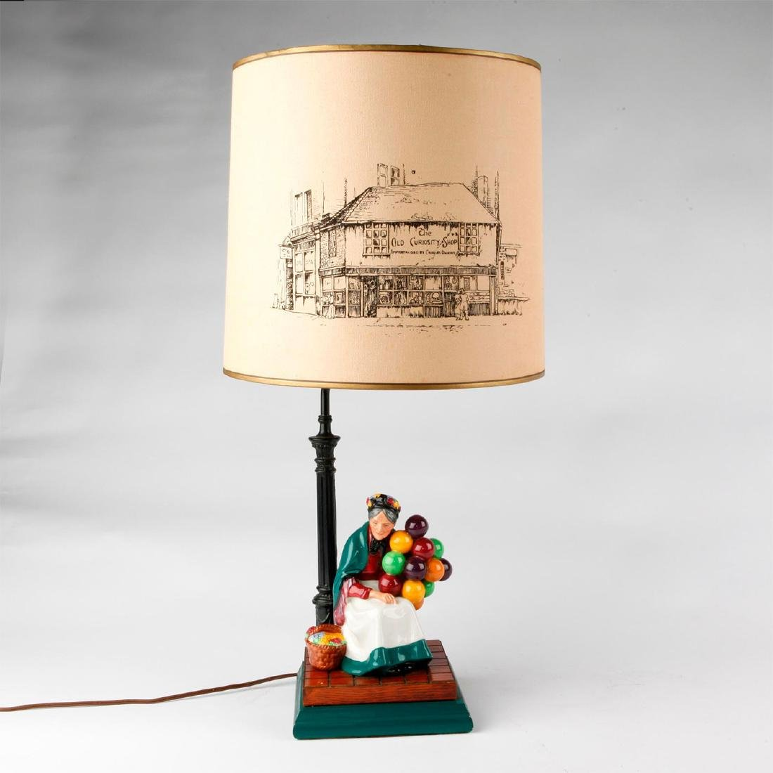 ROYAL DOULTON FIGURINE LAMP THE OLD BALLOON SELLER HN - 6