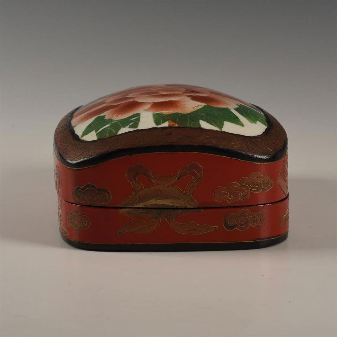 CHINESE RED LACQUERED WITH PORCELAIN SHARD INSET - 3