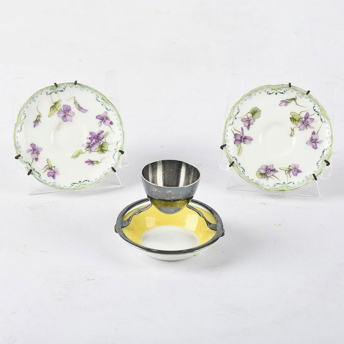 MAPPIN & WEBB EGG CUP WITH UNDERPLATE AND TWO SAUCERS