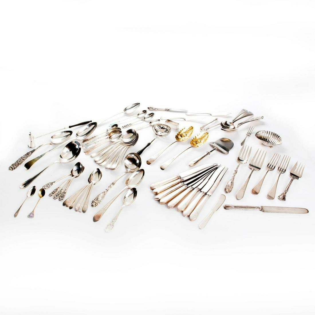 LARGE GROUP OF MISCELLANEOUS STERLING SILVER FLATWARE
