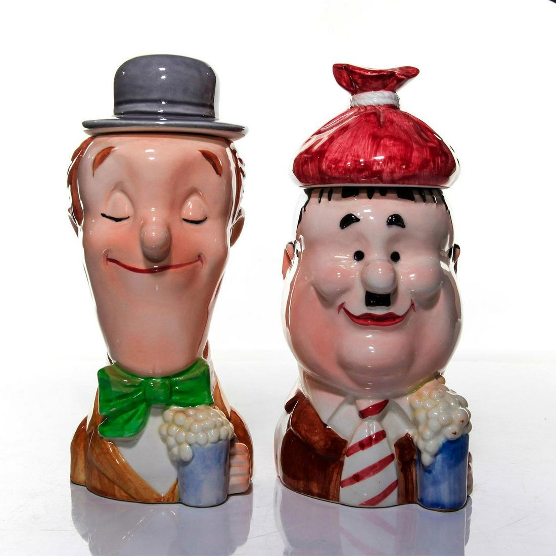 PAIR OF JAPANESE CERAMIC MUGS, LAUREL AND HARDY