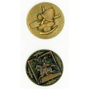 A SMALL CARD OF DIVISION ONE BRASS TOLE BUTTONS