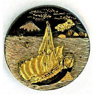 A HEAVILY GOLD AND SILVER JAPANESE SHAKUDO SCENE BUTTON