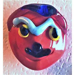 A RARE LAMPWORK MUSTSCHED MAN GLASS BUTTON