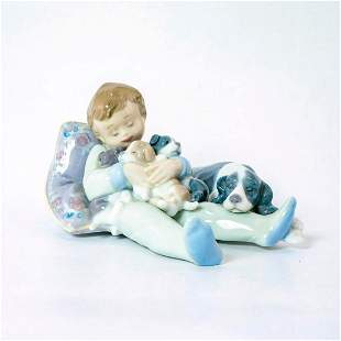 Sweet Dreams 1001535 - Lladro Porcelain Figurine