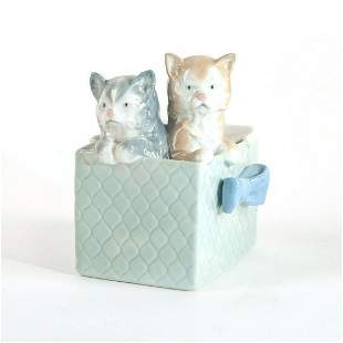 Kittens in the Basket - Nao Porcelain Figure by Lladro