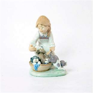 Joy in a Basket 1005595 - Lladro Porcelain Figurine