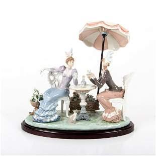 Cafe de Paris 01001511 - Lladro Porcelain Figurine