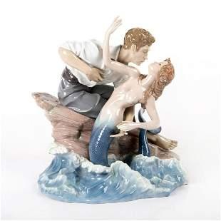 Sea of Love 01006432 - Lladro Porcelain Figurine