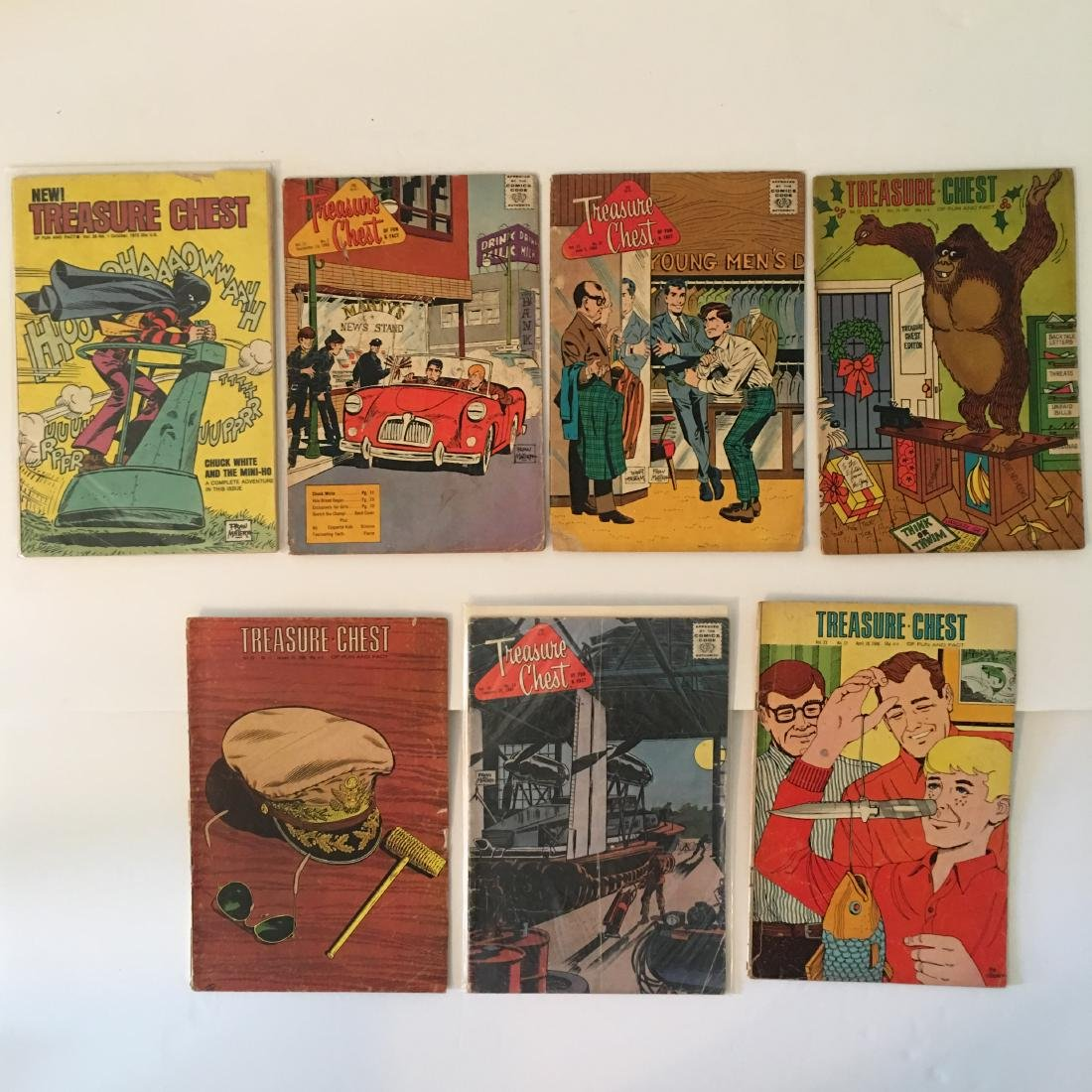 VINTAGE TREASURE CHEST ASSORTED COMIC BOOKS LOT OF (7)
