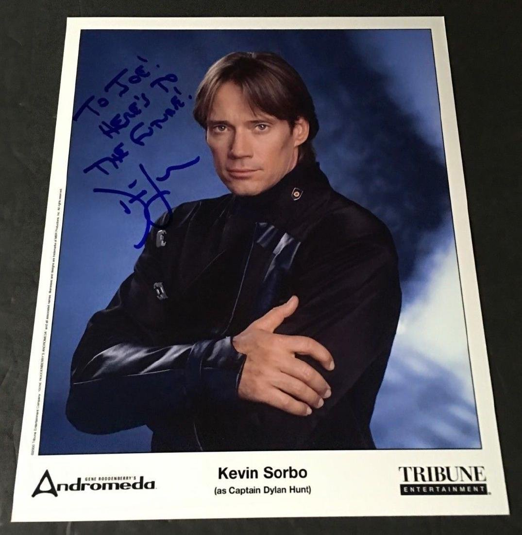 TV SHOW ACTOR KEVIN SORBO SIGNED PHOTO