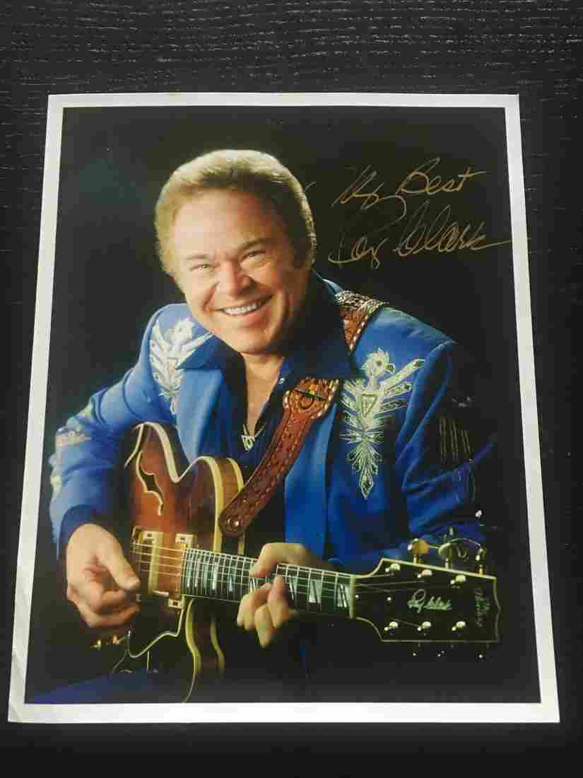 HAND SIGNED COUNTRY SINGER ROY CLARK W/COA