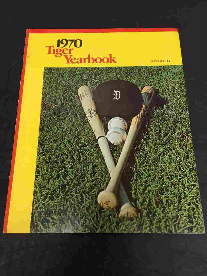 1970 DETROIT TIGERS BASEBALL YEARBOOK AL KALINE