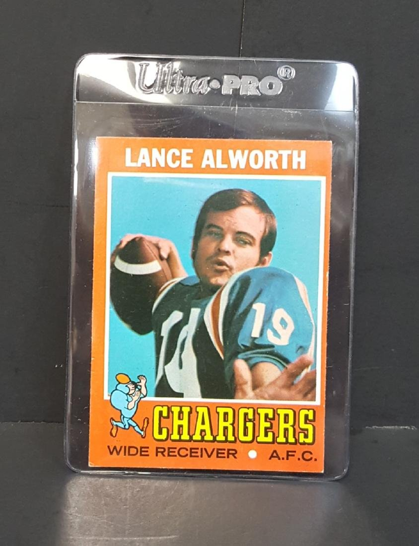 1971 TOPPS FOOTBALL CARD LANCE ALWORTH #10