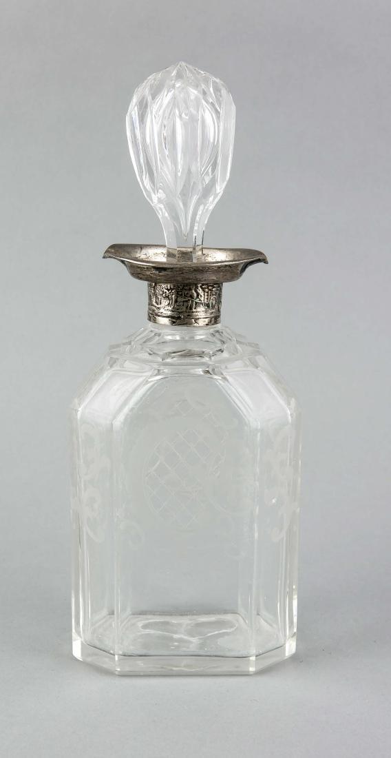 Karaffe mit Silberhalsmontage,