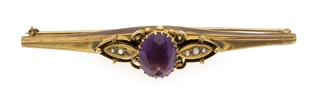 Amethyst brooch GG 333/000 around 1900 with an oval