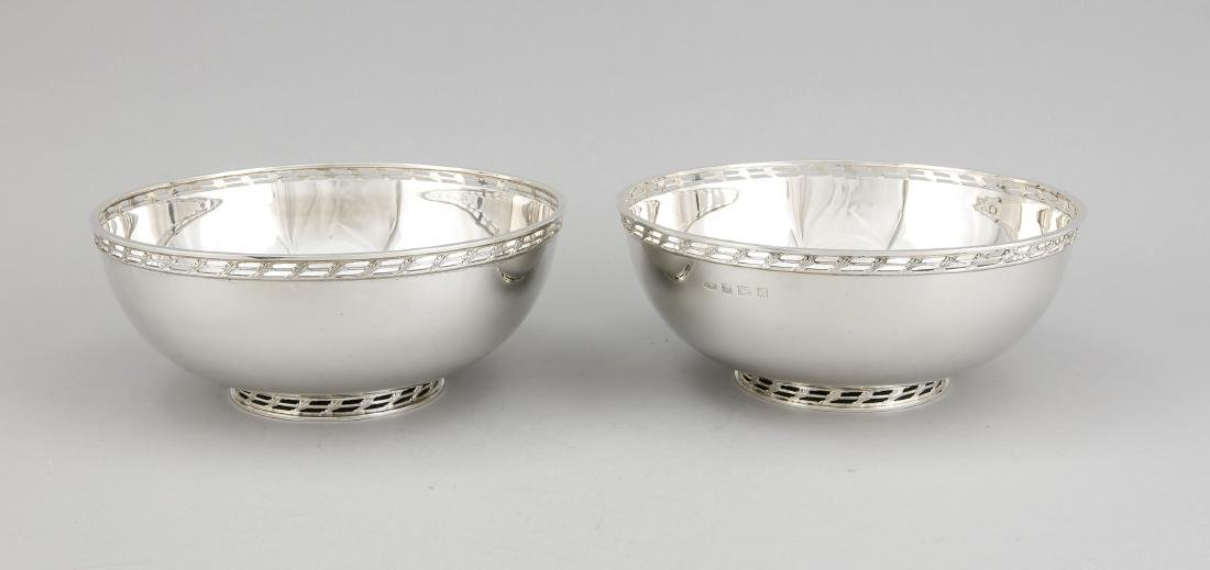 Pair of round bowls, England, 1971/73, hallmarked