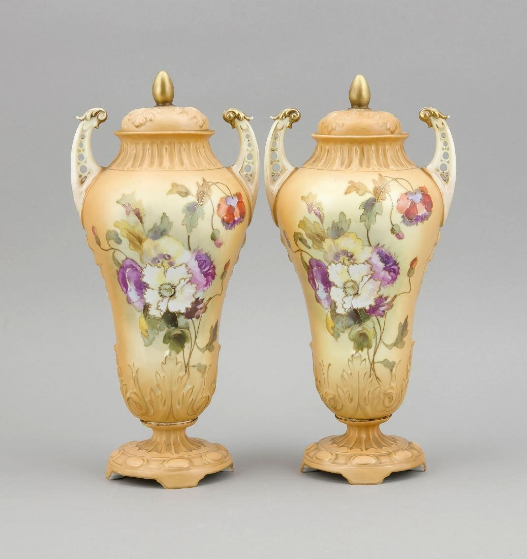 Pair of Victorian Lid Vases, England, 19th c.,