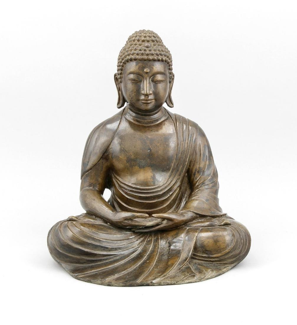 A tall seated Buddha Padmasana, China/Tibet, 20th c.,