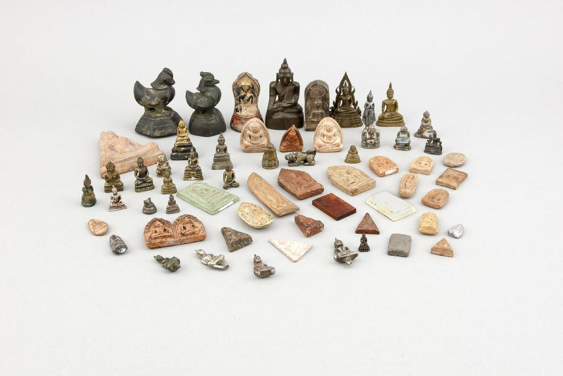 An assorted lot of ca. 57 miniature ceramics and metal