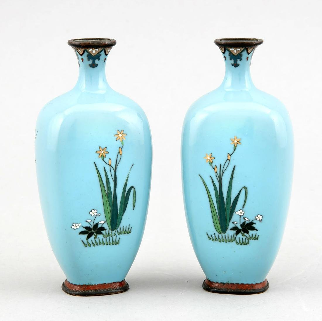 A pair of small cloisonné vases, Japan/China around - 2