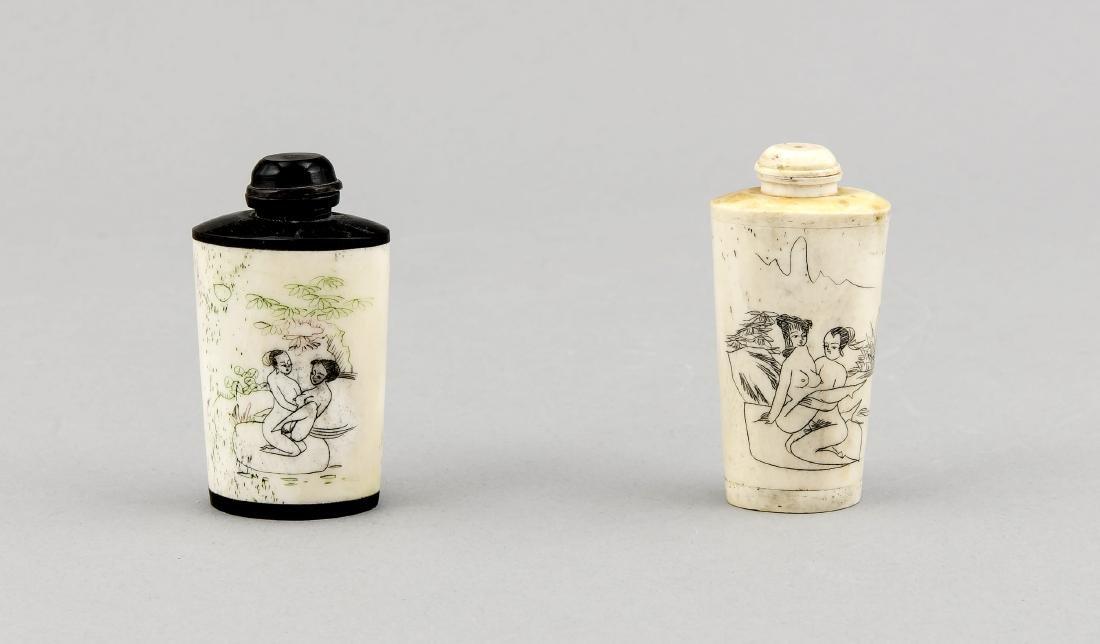 2 Snuffbottles, China, um 1900, Bein und Hartholz,