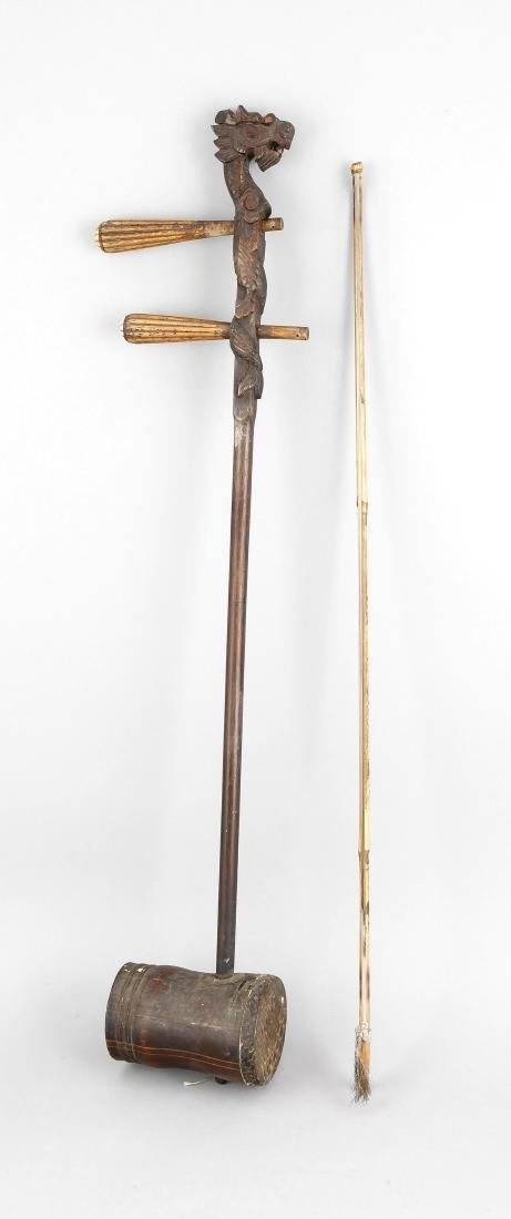 Erhu (2-saitiges Streichinstrument), China um 1900,