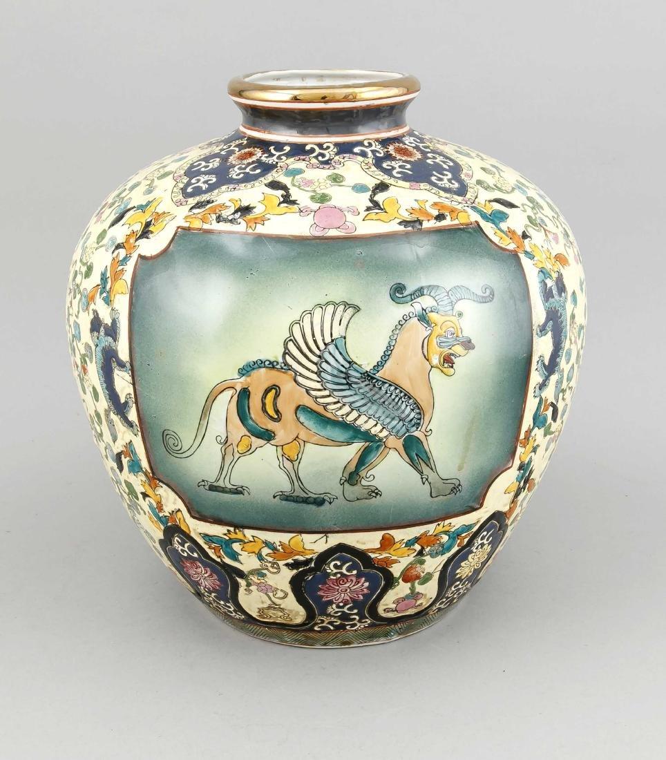 große dekorative Vase, China, 20. Jh., bauchige Form,